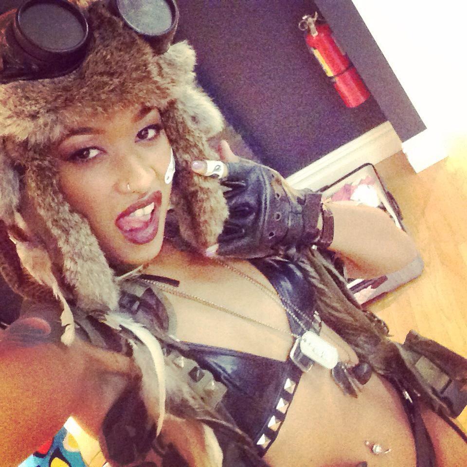 Headin' to the stage soooon!!! Who's ready?? ? #TankGirl #featuredancer #showgirl #NewYork