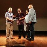 RT @ap_mum: A wonderful private show for Jewel Royal @ Nehru Centre Auditorium yesterday by @AnupamPkher #Kucchbhihosaktahai :) http://t.co…