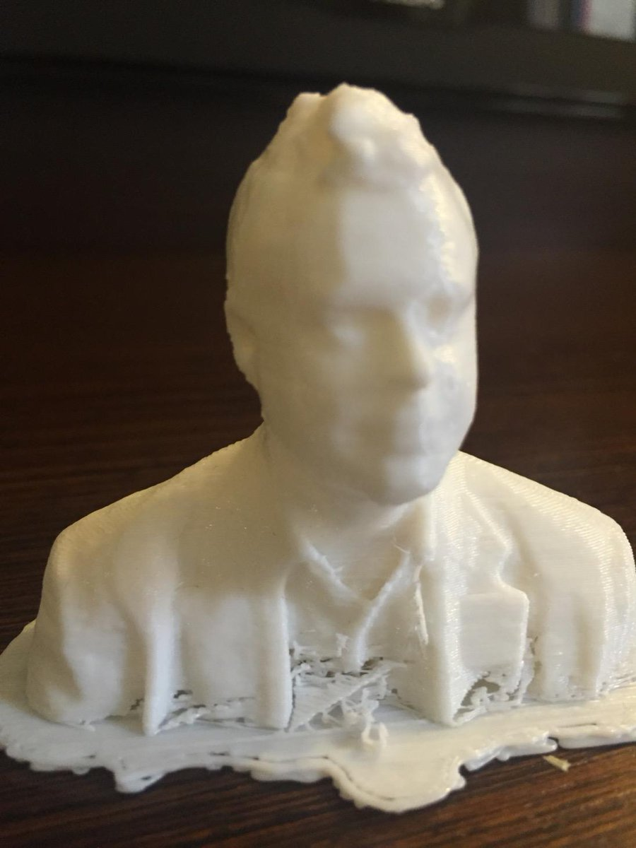 Image of yours truly scanned and 3D printed by GRIT @Cc_HUB http://t.co/I7SisJazFP
