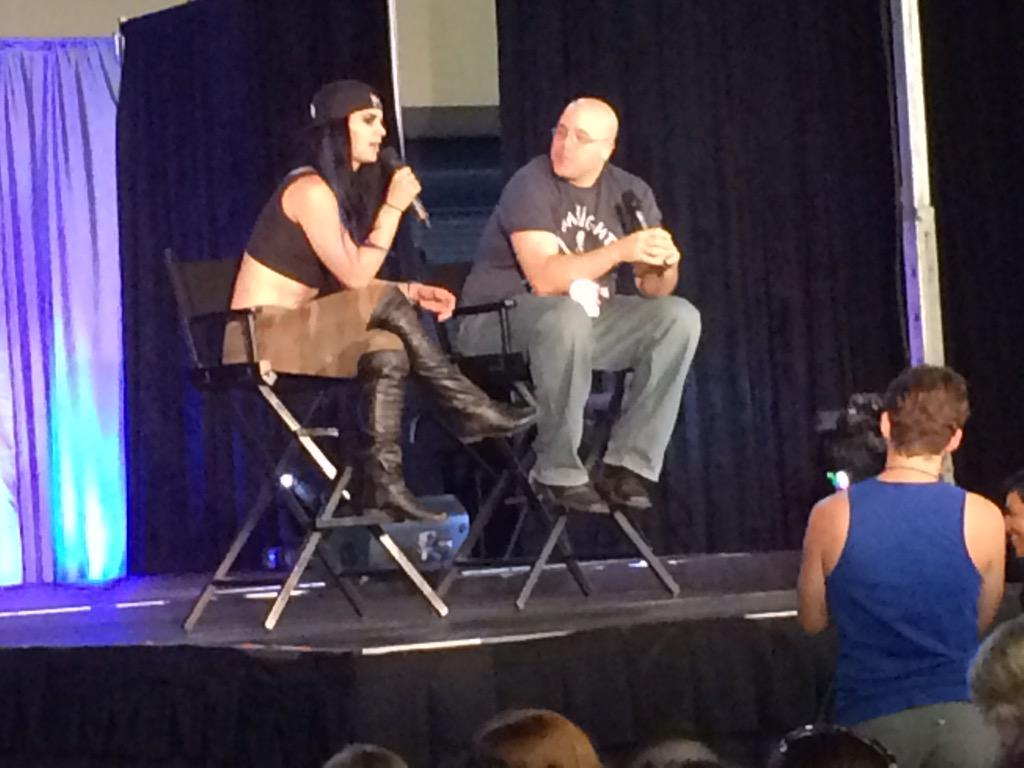 Honor to host @RealPaigeWWE Q&A at @FloridaSupercon yesterday. She was super fun and so great to the fans there. http://t.co/wsxiZuTufX