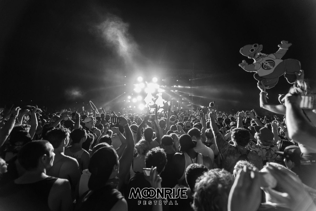 41 days until we're dancin' in the moonlight @MoonriseFest!