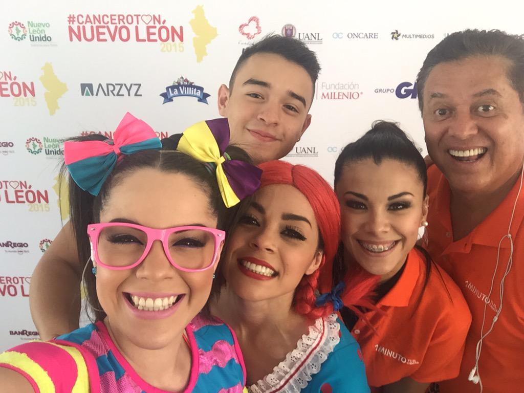 Maruca (@MarucaGalindo): Apoyando el #Canceroton2015 !!! :) http://t.co/Ldq6o8ZbY7
