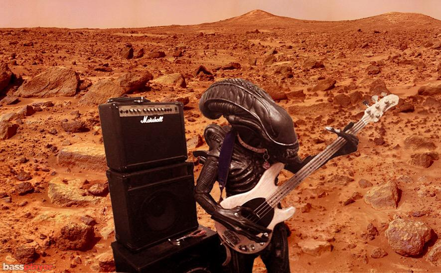 The most recent footage from @NASA Mars Rover has confirmed what astronomers & bass players have suspected for years http://t.co/92drazYESl