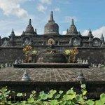 Meditation at Brahma Vihara Arama Buddhist Monastery, Bali http://t.co/R6zUlRusiG http://t.co/dkBLbs0rCE