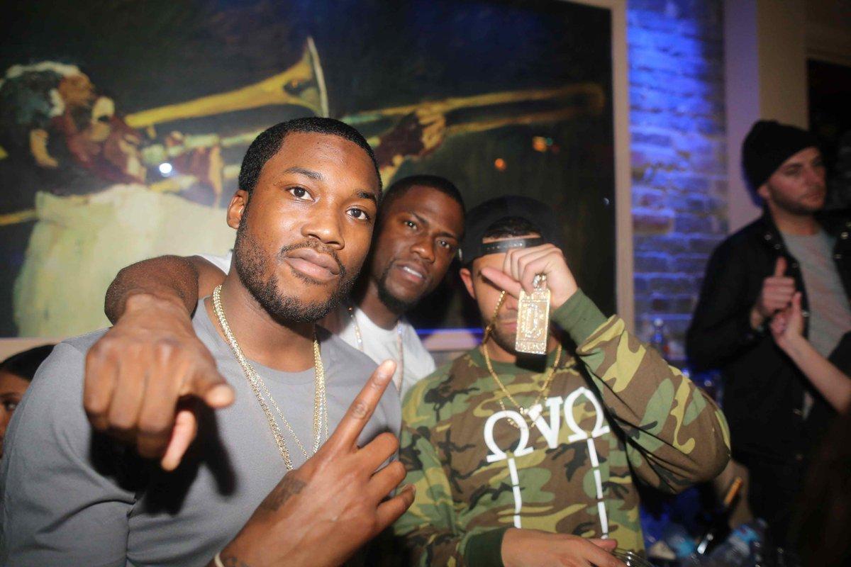"""NEW @MeekMill x @Drake """"R.I.C.O."""" — http://t.co/UAaJK9w4vP  POW!  #DWMTM http://t.co/JoGzRnieZV"""
