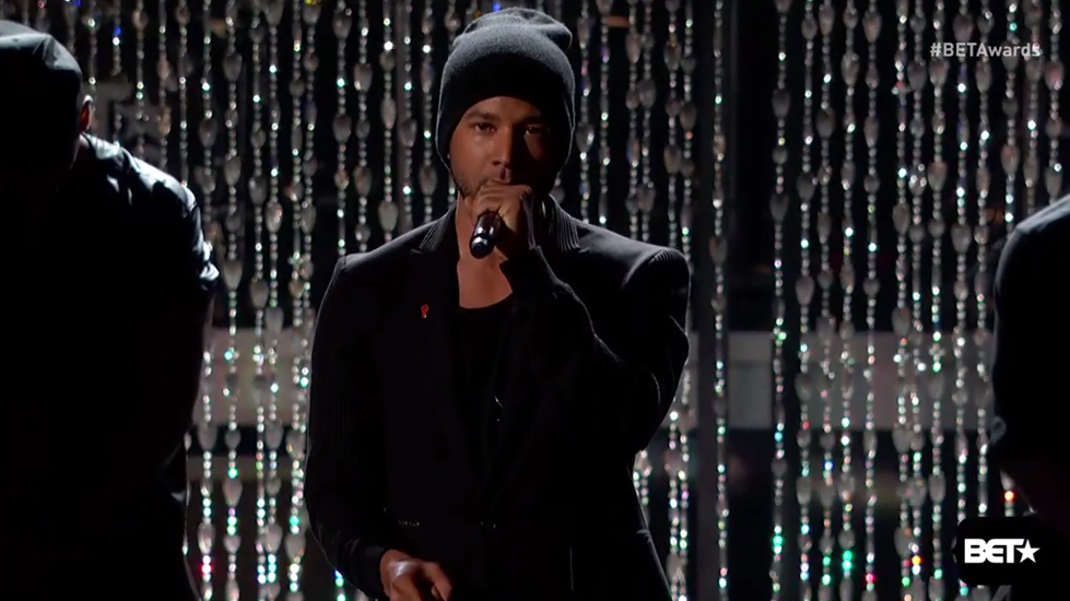 """No one is free until we are all free."" —@JussieSmollett wins the night #intersectionality #BETAwards2015 http://t.co/WcXJjC85rK"