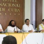 Was joined by FARC leaders Pablo Catatumbo, Iván Márquez & Art of Living teacher, Francisco Ocampo in the press conf. http://t.co/kGeV1osGZ8