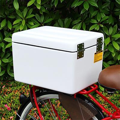 よく新聞配達や官公庁の自転車の後ろについているアレ。どこで売っているか気になりませんか?カギをかけられ、防水性も高い高機能な「箱」取扱い開始しました! http://t.co/1zCnbCKNzV http://t.co/MsuIRUY6hl