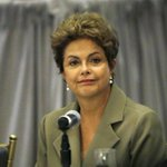 """Não respeito delator"", diz Dilma.http://t.co/JoN5p65Hxv http://t.co/xEUPnpExWu"