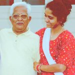 """#SelfieWithDaughter This pic will haunt @narendramodi FOREVER A daughters """"haunting"""" pic http://t.co/GsjojImftJ http://t.co/lVX5ZJUHLH"""