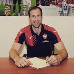 Sad to see you go but I love to see you happy!!!! Good luck mon ami @PetrCech http://t.co/3q4QEYXBfw