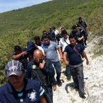 Tras persecución @SSP_GobOax logra la captura dl presunto asesino dl ejecutado d Punta Viscaya #oax @DiarioEncuentro http://t.co/dE4eOyasTS