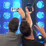 SELFIES x 2 > @ricky_martin y @cuervotinelli en #Showmatch http://t.co/L1X43XLKhH