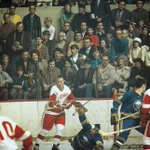 Great shot of Gordie Howe and the Red Wings vs. the Sabres. But those groovy fans are the real stars of this photo! http://t.co/LVl8kmEPRv