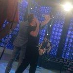 La selfie de la noche: @cuervotinelli y @ricky_martin #ShowMatch http://t.co/tfluVe55if