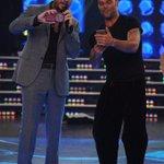Dos potencias se twittean @cuervotinelli y @ricky_martin en #Showmatch! http://t.co/pdvjCwhQHI