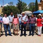 Entrega @JavierVillacana una obra más de impacto social en Pueblo Nuevo http://t.co/mMpqKeDegh @GobCdOax #Oaxaca http://t.co/PtsmEPxLdS