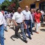 En Pueblo Nuevo entrega @JavierVillacana obra de beneficio social http://t.co/kGVQHibrQP @GobCdOax http://t.co/MAXrEtwIEX