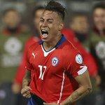 Eduardo Vargas se destapa y clasifica a #Chile a la final de la #CopaAmérica2015 http://t.co/0iH7iEoekQ http://t.co/G8UDmzLCop