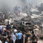 At least 20 dead after Indonesian military plane crashes in residential area: http://t.co/vgwPvMHSV7 http://t.co/UNYdlGlASY