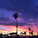 #nofilter #beautiful #beach #Venice #losangeles #california #beauty #socal #sunset #sky #a… http://t.co/DhPUjaJSp3 http://t.co/Wm25dnkUxv