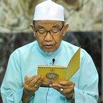 Tweet Azwan Ali @azwanhjali bukan macam orang berpuasa - Mufti Perak http://t.co/DNkHcC9LFn http://t.co/OCGopni1xB