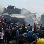 [UPDATED] Pesawat Hercules tentera Indonesia terhempas di Medan, 20 disahkan maut http://t.co/xHaunz0LE2 http://t.co/Qx6layZ4Xk