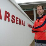 Cech done, Carvalho & Benzema next? Arsenal on the brink of rejoining the Premier League elite http://t.co/cocXDPxVEl http://t.co/7EpKdCY5fu