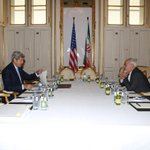 #PICTURE: #Iran FM Zarif & #SecKerry now meeting. http://t.co/Mn3xnQT4Ku
