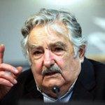 """Pepe Mujica: """"El socialismo de Chávez ¡no construyó un carajo!"""" -► https://t.co/NQ1sELNKEj http://t.co/gKH6rRBpek"""