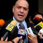 Jose Amalio Graterol denuncia que Luisa Ortega D Falsificó documentos para presentar en la ONU http://t.co/zubV0TtJrZ http://t.co/v5zLZQoSFT