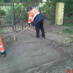 Уборка тротуара по ул. Подшипниковая @Rudakov_i_a @DepBlagSamara @MP_Blago63 http://t.co/f6khfsljdT