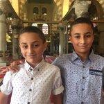الطفلان يوسف وابراهيم ابو غنام (9 و 11) من #القدس يحفظان القرآن كاملاً مع أرقام السور والآيات والسور المكية والمدنية. http://t.co/DbDwKyDqD4