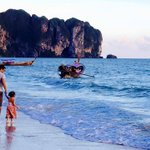 Baby's day out #Sun #Sea #Sand #Krabi http://t.co/vvfXVgVpTA
