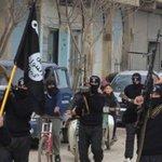 Estado Islâmico crucifica 5 pessoas na Síria por não realizarem o jejum do Ramadã http://t.co/jLJgeqrQTa http://t.co/mOJKHyXj28