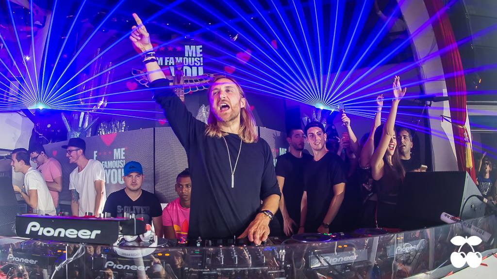 Once again, last thursday @ @pacha was Amazing ! Pictures are available on our Facebook page https://t.co/CBYSxstxY5 http://t.co/imtS28dJGS