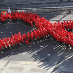 Cuba zera transmissão de HIV de mãe para filho http://t.co/71Z2p9OS8U http://t.co/Q2vx99tTXW