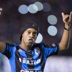 Ronaldinho Gaúcho confirma que vai para o futebol turco. http://t.co/96MbiL3ONg http://t.co/xgqFnFTa9p