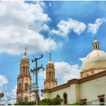 Casual, caminando por el centro de #Culiacán Temp: 36º Sensación térmica: 44º Real Feel: 111º CC @noroestemx @gnozin http://t.co/XEd0SwuGQp
