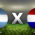 Argentina e Paraguai decidem uma vaga para a final da Copa América. Siga em tempo real http://t.co/xYrrRgVCc4 http://t.co/9zeZ3NTcf3