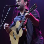 Dave Matthews on stage at Wells Fargo Arena #DMB2sets http://t.co/uYJsPslFpl
