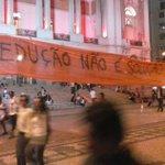 Mobilização no Rio contra a redução da maioridade penal! #ReduçãoNãoÉSolução #NãoVaiTerRedução http://t.co/Bcrva85WRb