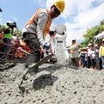 La economía panameña creció 5.9% en el primer trimestre de 2015. #PrimerAño #PanamáPrimero  http://t.co/FINjM9Ph3s http://t.co/hztD8UatHK