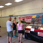 Cracking sales: Territorians buying fireworks for #TerritoryDay @abcnewsNT @1057darwin @ABCNews24 http://t.co/fg17DJyQua