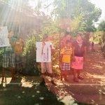 Spontaneous support in #Medamulana, @PresRajapaksas ancestral village #SLGE15 http://t.co/lgehzzb66R