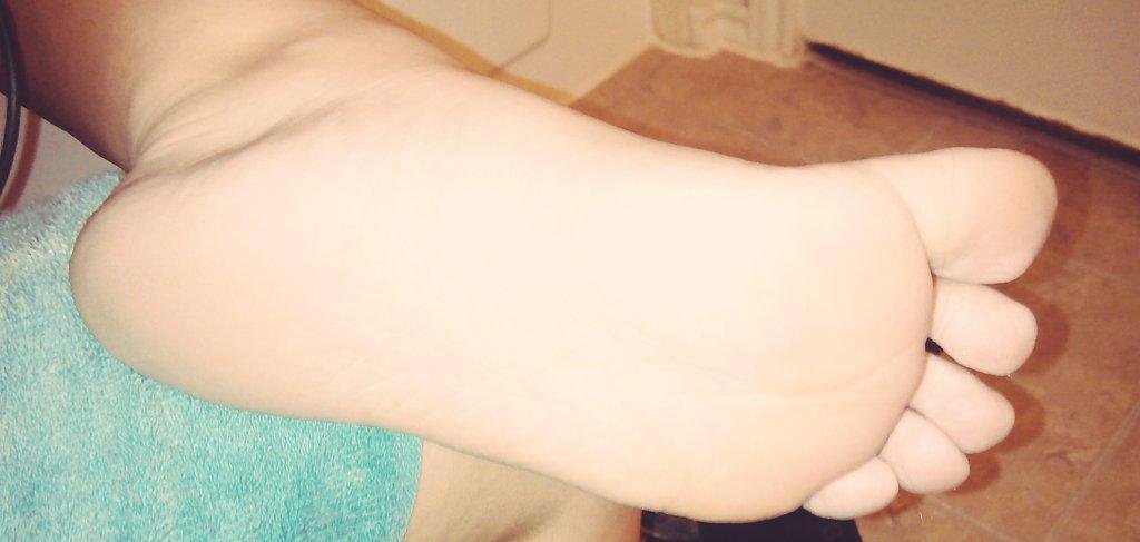 Because my feet look beautiful :) #footworship #footfetish