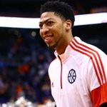 Anthony Davis agrees to five-year, $145 million extension with New Orleans Pelicans http://t.co/2MLlOAtwiI http://t.co/jNpbhnFU95