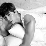 #UKISS' #Soohyun to Make Japanese Solo Debut http://t.co/2LzmsWb2Po http://t.co/y5Gpc4zCoh