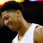 Report: Anthony Davis agrees to 5-year, $145 million deal to stay with Pelicans: http://t.co/t2gMiLoTp8 http://t.co/3CAolH4wMC