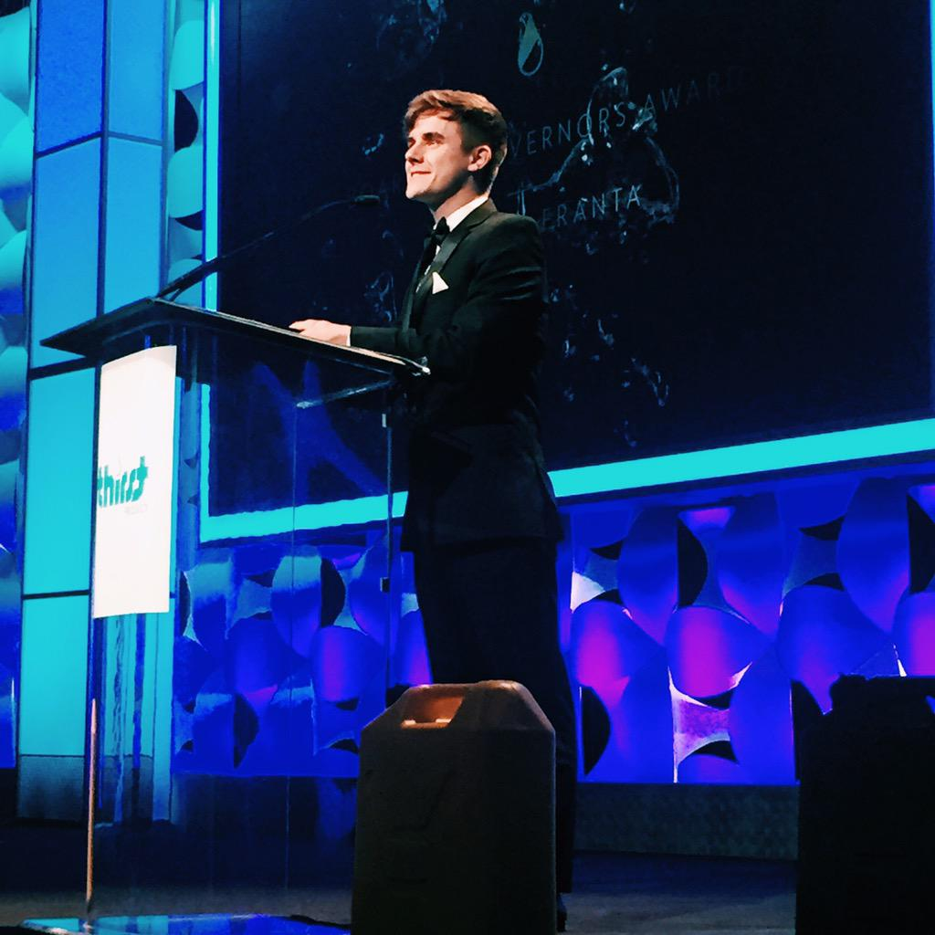 Congrats to @ConnorFranta for being awarded the Board of Governors Award at this year's #ThirstGala http://t.co/kKnDksJmjs